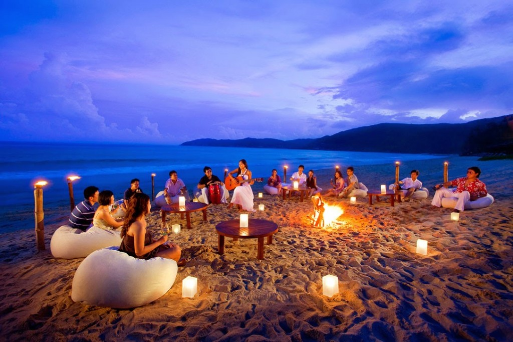 goa-beach-party-night